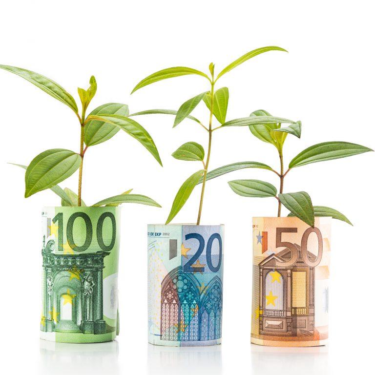 Euroseteleistä kasvaa vihreitä kasveja