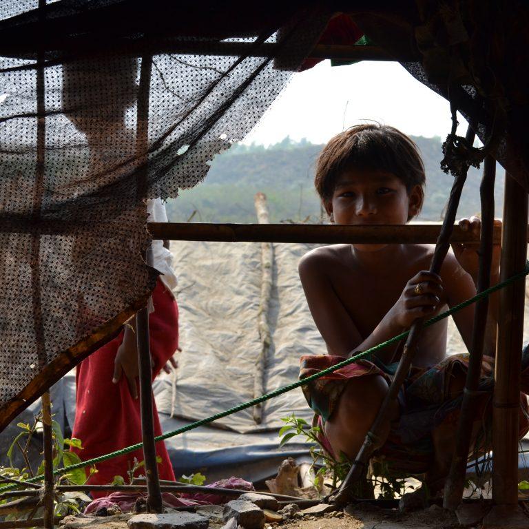 Rohingya pakolaislapsia.