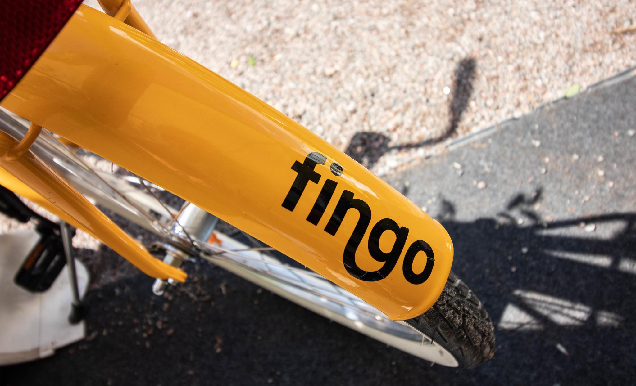 Polkupyörän lokasuoja tekstillä Fingo